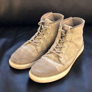 Clae fashion chukka boots